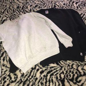 Bundle of 2 sweatshirts size Medium 💕